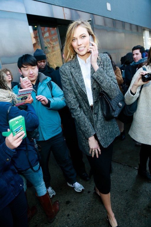 Supermodel Karlie Kloss Giving Coding Scholarships to Young Women