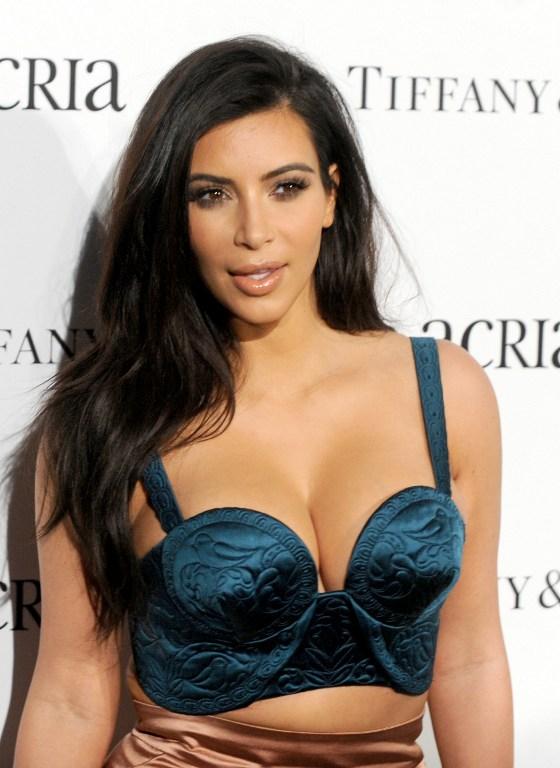 Kim Kardashian Publishes Leaked Nudes